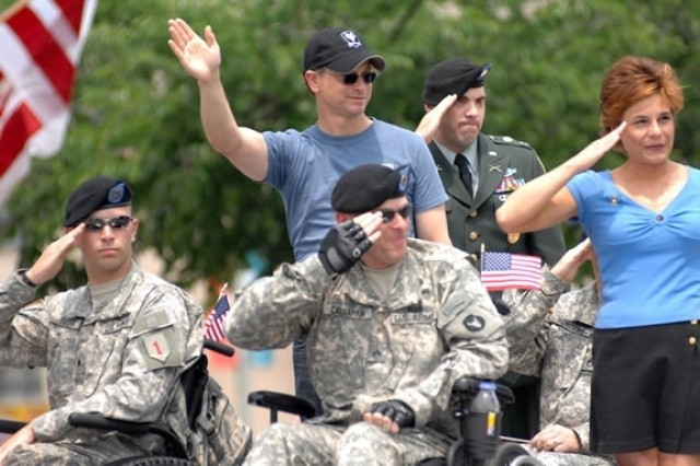 Bronze Star Recipients to Lead Memorial Day Parade