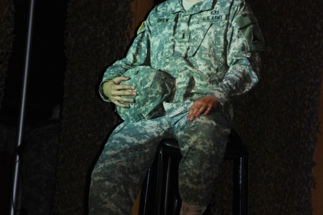 """First Lt. David Drew, stationed at Fort Hood, Texas, prior to joining the Army Entertainment Division, sings """"Hey There Delilah"""" during the U.S. Army Soldier Show Soldier."""