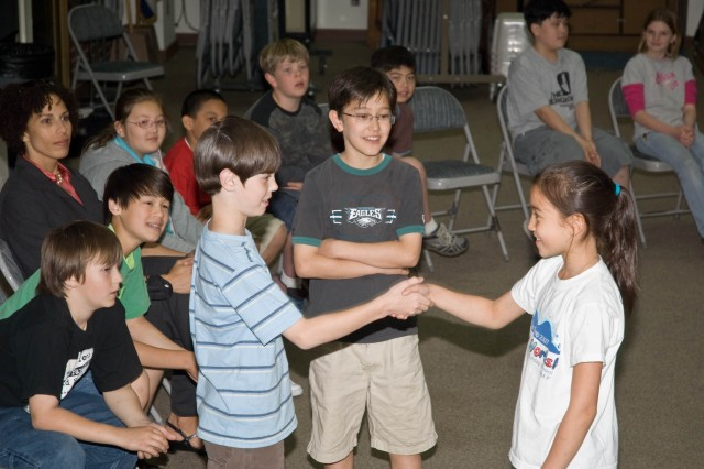 Elementary school kids learn to be \'ambassadors' at SAES