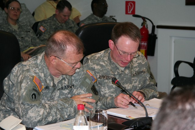 405th AFSB presents SATB to 21st TSC commander