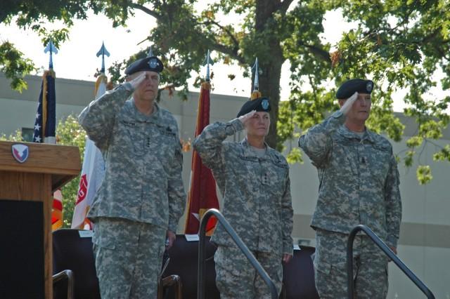 Lt. Gen. Dunwoody becomes AMC's new deputy commanding general