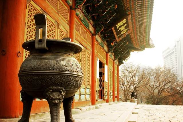 Deoksu Palace is one of many historical sites in Seoul worth touring.