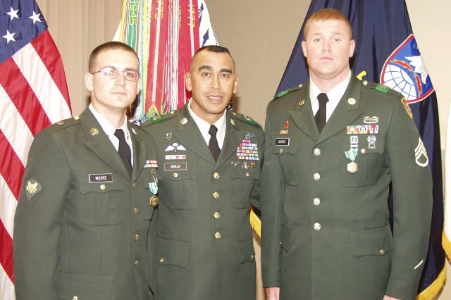 SMDC/ARSTRAT selects NCO and Soldier of the Year