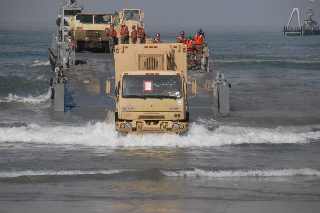 Soldiers, Sailors train 'over the shore'