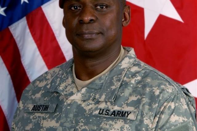 Lt . Gen. Lloyd Austin III, commander Multinational Corps Iraq