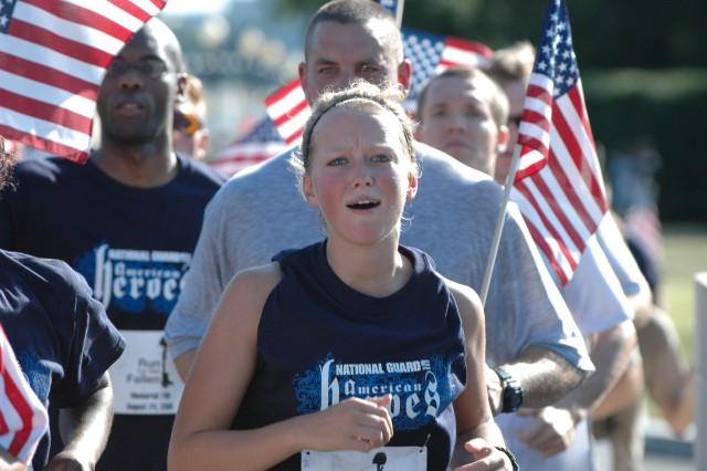 'Run for Fallen' Trek ends at Arlington Cemetery