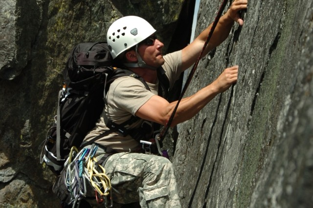 Green Berets of 1st Special Forces Group (Airborne) climb Castle Rock near Leavenworth, Wash. The Soldiers conducted military mountaineering training to maintain the skills that allow them to reach their objectives in mountainous terrain anywhere in the world. (U.S. Army photo by Staff Sgt. Andrew Kosterman)