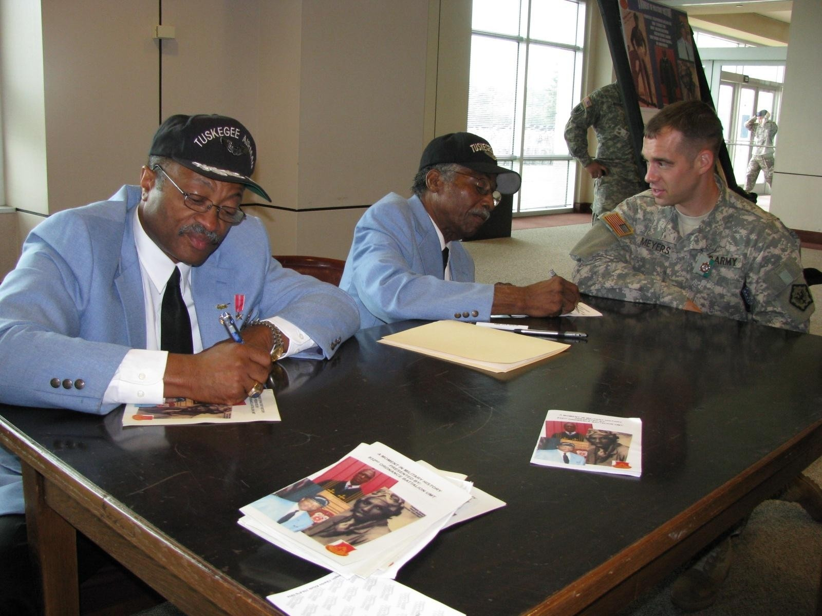Tuskegee Airman Looks to Today's Soldiers | Article | The United