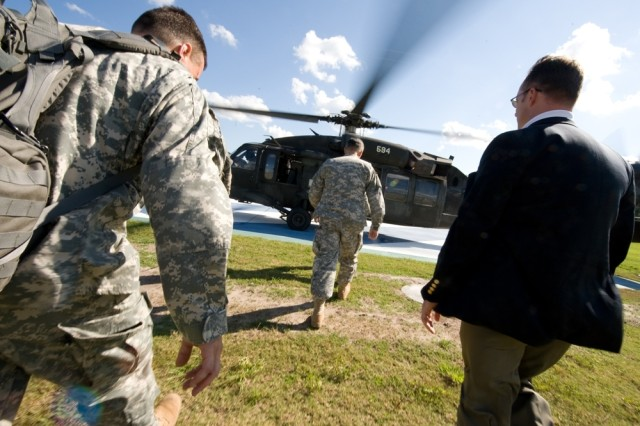 Chief of Staff of the Army Gen. George W. Casey, Jr., prepares to board a UH-60 Blackhawk helicopter at to Ft. Stewart, Ga., Sept. 14, 2008.