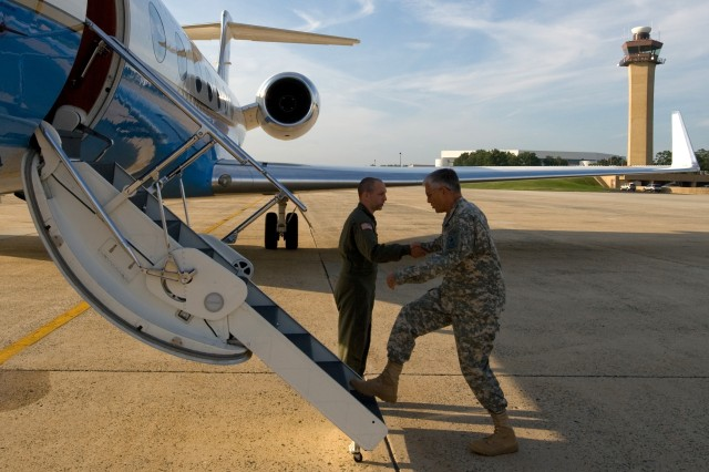 Chief of Staff of the Army Gen. George W. Casey, Jr., shakes hands with an aircrew member prior to boarding a flight at Andrews Air Force Base, Md., Sept. 14, 2008.   Casey flew to Chapel Hill, N.C., to speak to senior Army leaders at Kenan Flagler Business School then onto Ft. Stewart, Ga., to observe a chemical, biological, radiological, nuclear and high-yield explosive incidents (CBRNE) Consequence Management Response Force drill exercise.