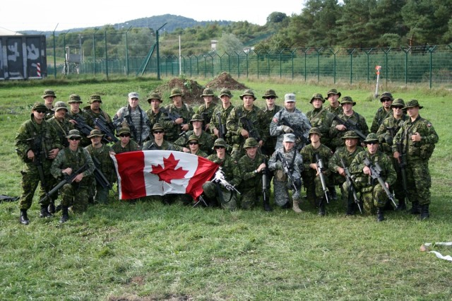 Canadians integrate U.S. Soldiers into training