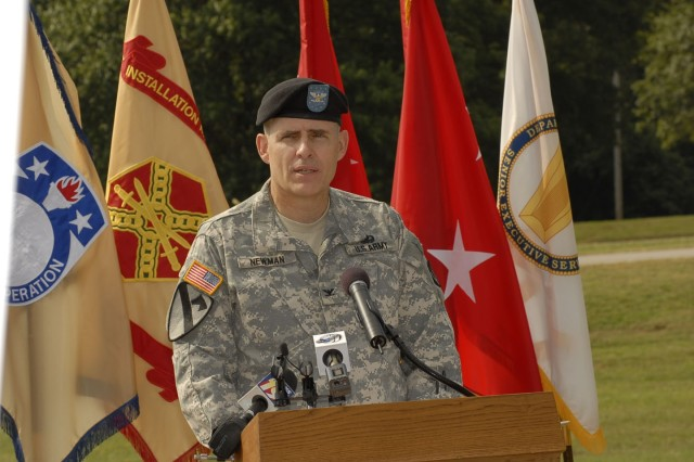 Col. Tom Newman, Aviation and Missile Life Cycle Management Command chief of staff, spoke during the AMC/USASAC groundbreaking ceremony Sept. 17.