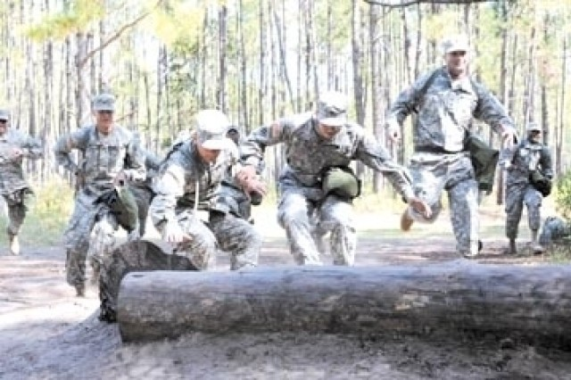 1BCT Trains for CCMRF