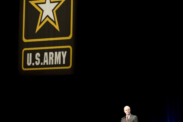 Secretary of the Army, Pete Geren, speaks to the audience at the Association of the United States Army (AUSA) annual meeting in Washington D.C., on Oct 6, 2008. Geren discussed a wide spectrum of issues addressing the Army and announced 2009 will be celebrated as the year of the Noncommisoned Officer.