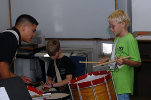 FDC workshop shares musical tradition
