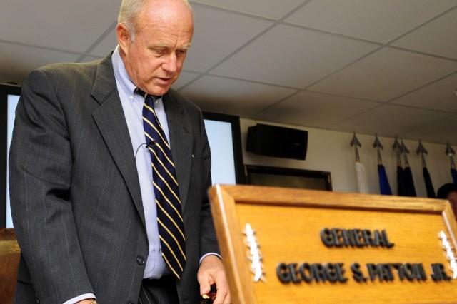 Grafenwoehr library hosts Patton's grandson