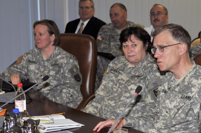 5th Signal Command hosts 'summit' to discuss future of signal projects and operations