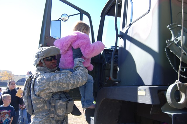 Fort Bliss Soldiers partner with local schools