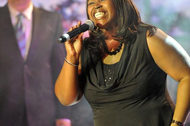 Dodson sings