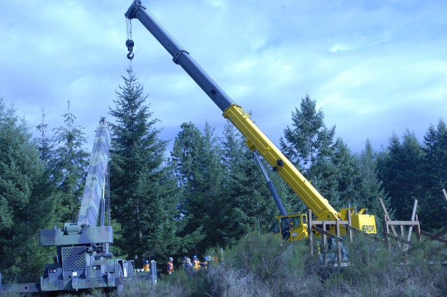 Fort Lewis tree donation