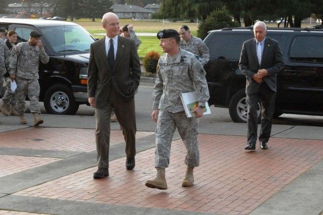 Secretary of the Army visits Fort Lewis