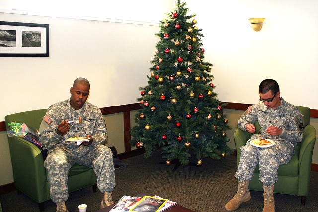 West Point WTU Soldiers receive gifts and breakfast