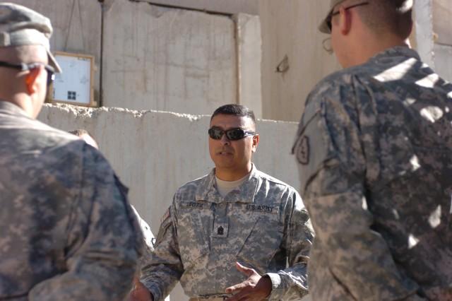 MND-N CSM Leota Speaks to Lower-Enlisted Soldiers