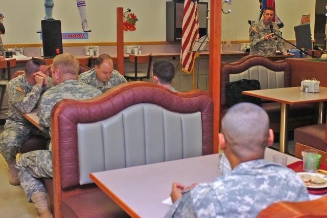 Wagonmasters talk timing at prayer breakfast
