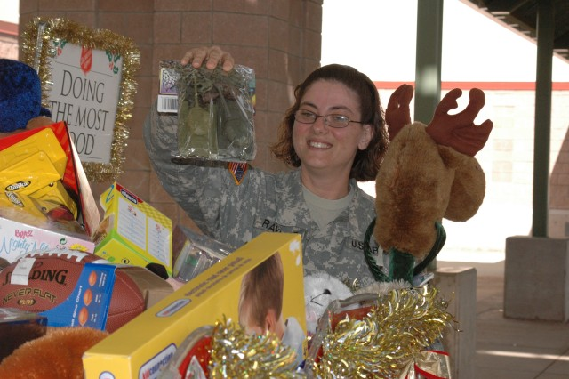 Mele Kalikimaka: Military riders participate in Toys For Tots run