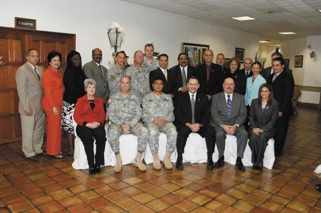 IMCOM southeast director visits Fort Buchanan