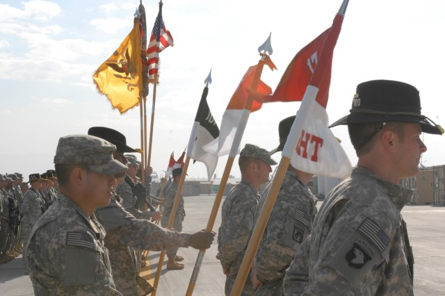 The 7th Squadron, 17th Cavalry Regiment, 159th Combat Aviation Brigade, 101st Airborne Division changes command with TF Outfront, during a transfer-of-authority ceremony Jan. 06. (U.S. Army photo by Sgt. Charles Brice)