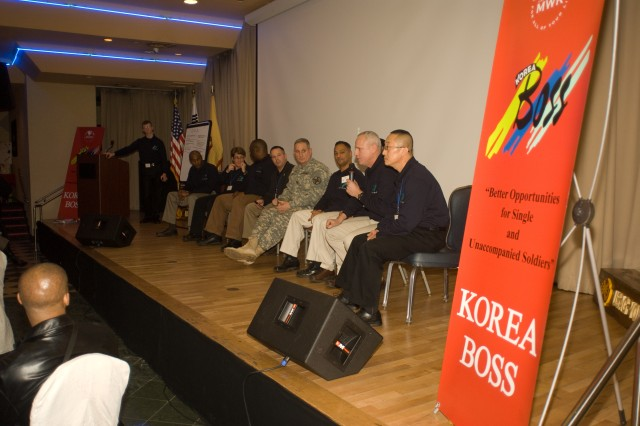 2009 BOSS Forum brings Soldiers and leaders together