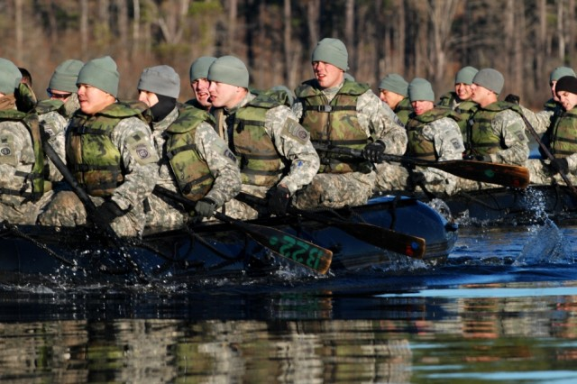 """Paratroopers of Company A, 508th Special Troops Battalion, 4th Brigade Combat Team, 82nd Airborne Division maneuver to their next challenge during the unit's """"Sapper Stakes"""" competition Jan. 14 on Fort Bragg. The Paratroopers competed to see which squad had the best combat engineer skills."""