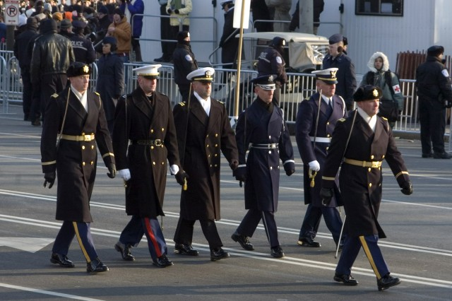 Col. Joseph Buche, commander of the 3rd U.S. Infantry Regiment (The Old Guard) leads the Joint Forces Honor Guard Presidential Escort down Pennsylvania Avenue in Washington, D.C. during Pres. Barack Obama's inauguration.