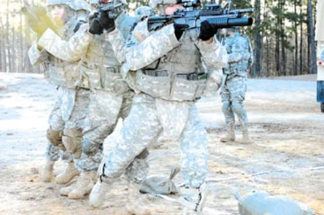 Hammer Brigade Soldiers hone infantry tactics  - Soldiers from Company B, 1st Battalion, 15th Infantry Regiment, 3rd Heavy Brigade Combat Team, 3rd Infantry Division, practice room-clearing techniques, Jan. 15 at a firing range on Fort Benning,
