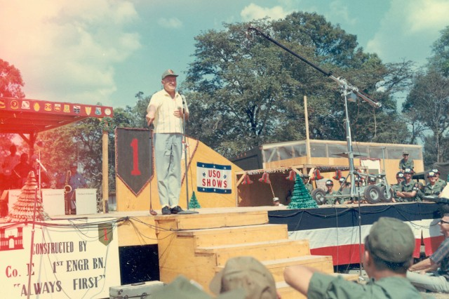 Bob Hope entertaining troops of the First Infantry Division in Vietnam, Christmas of 1967 (Vince Cattera Photograph Collection).