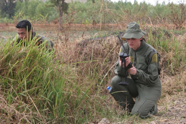 Royal Thai Air Force, U.S. military team up for search and rescue training during Exercise Cobra Gold 2009