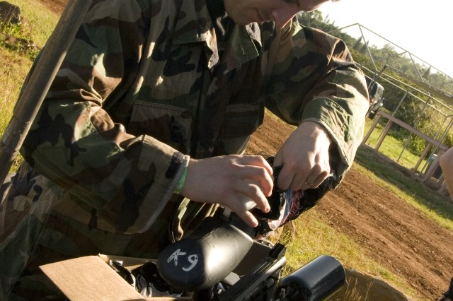 Redeploying Soldiers use paintball to blow off steam