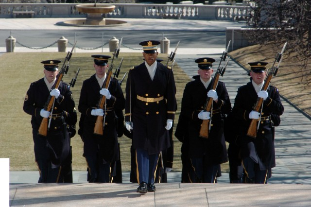 C Company, 1st Battalion, 3rd U.S. Infantry Regiment (The Old Guard), marches up the steps of the Tomb of the Unknown Soldier in Arlington National Cemetery for a wreath laying to honor the presence of the Chief of Staff of the Army for the Republic of Korea.