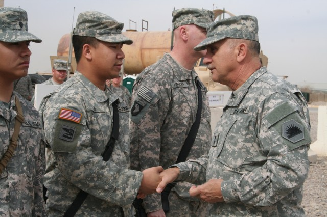 General visits California Guardsmen