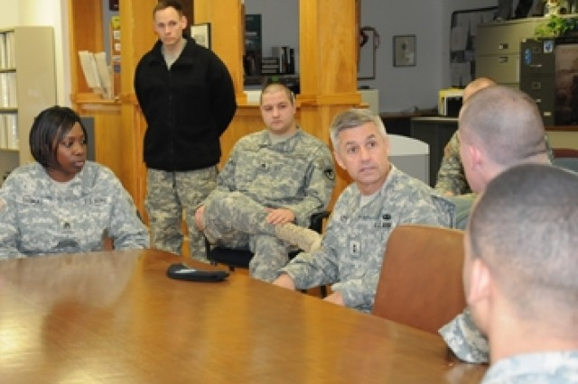 During the visit, Izzo met with NSSC Soldiers.