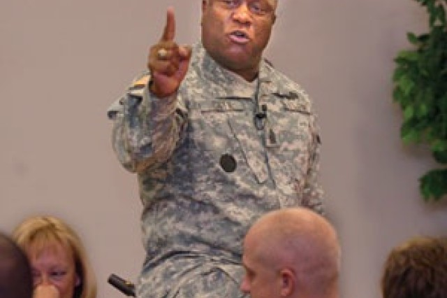 Command Sgt. Maj. of Army Reserve observes Black History Month at Mosby Reserve Center