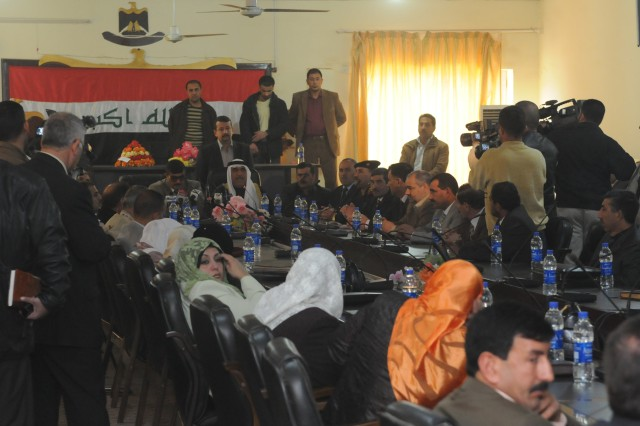 Outgoing Salah ad-Din Provincial Council Chairman Rasheed Ahmed Ossman speaks during an informal meeting of outgoing and newly elected SaD council members with Hamad Hamoud Shakti, the outgoing Governor of Salah ad-Din province in Tikrit Mar. 1.