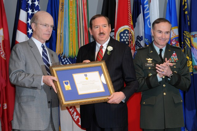 Recipients of Secretary of Army awards honored at memorial