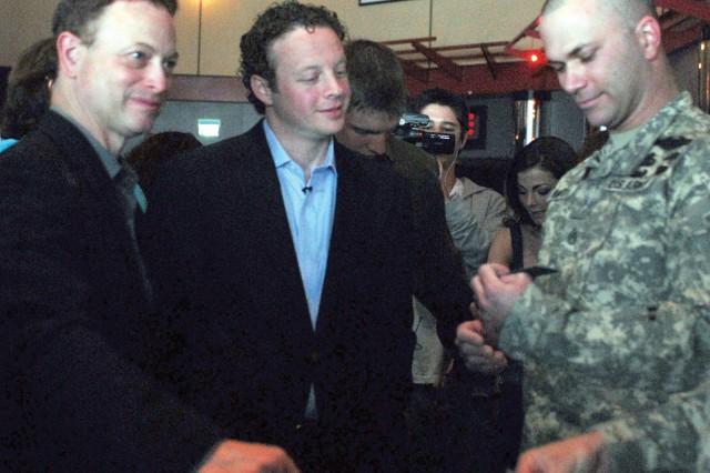Gary Sinise, Jake Rademacher talk with RTB Soldier