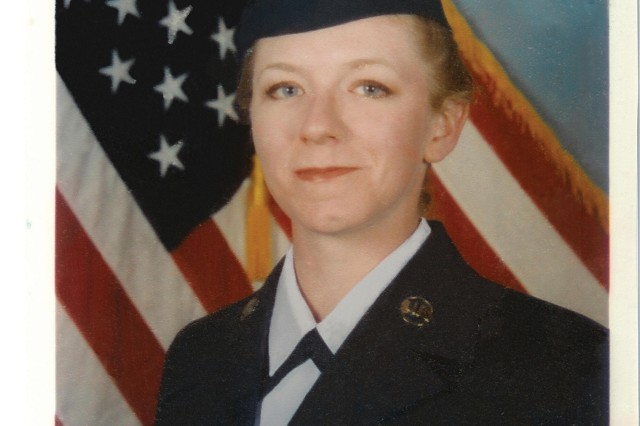 "Aca,!A""I never regretted the opportunity I had to serve my country,Aca,!A? says Jennifer Pilant, a former Air Force personnel specialist."