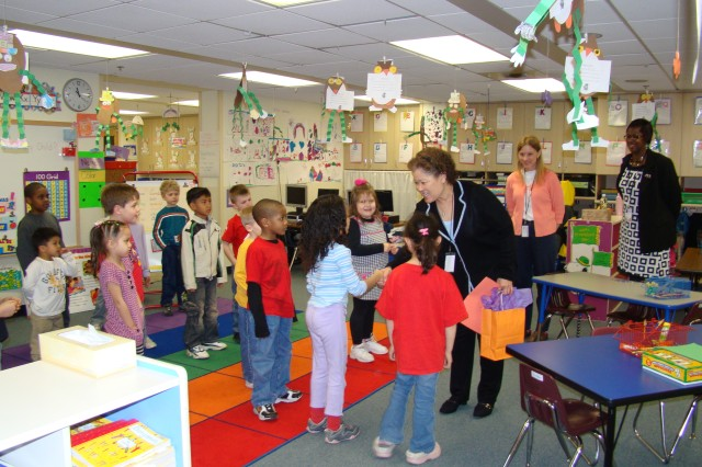 Director of DoDEA visits Humphreys American School