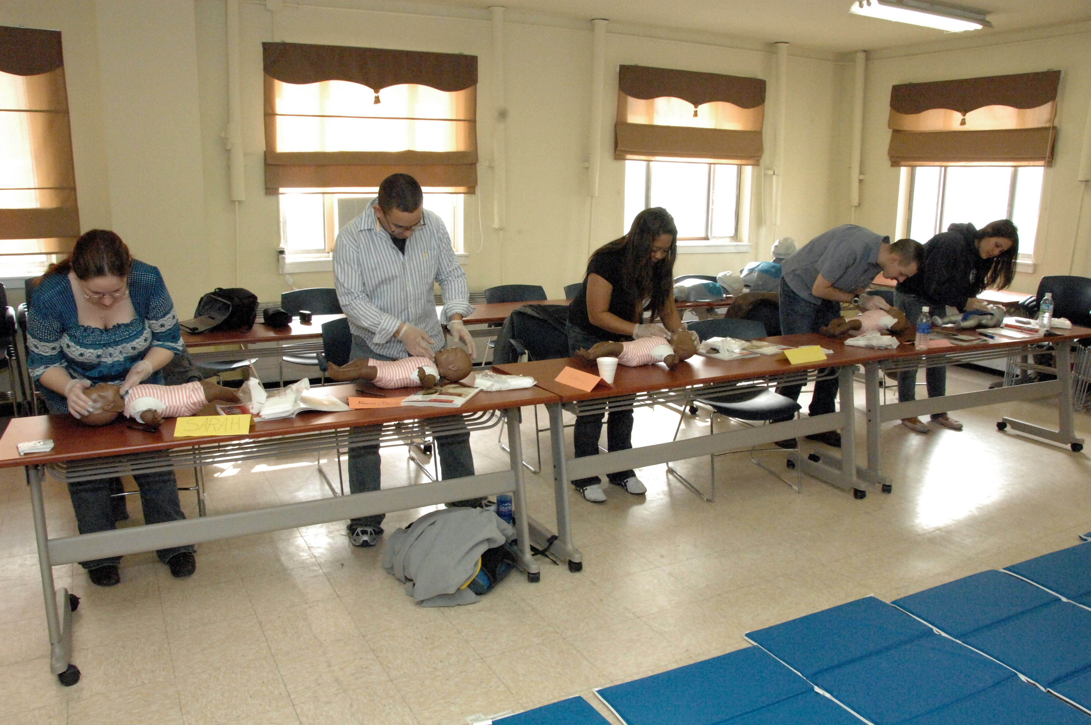 Soldiers And Civilians Train On Casey For Cpr And First Aid
