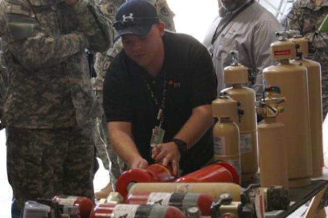 DLA Director visits 2-402nd AFSB