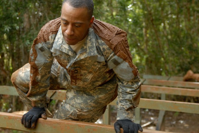SergeantsAca,!a,,c Time Training at the Obstacle Course
